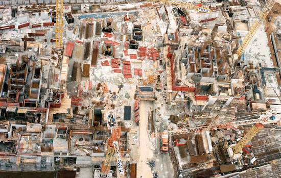 אתר בנייה בצפון תל–אביב, תצלום אוויר, 2012. צילום יואל פינק