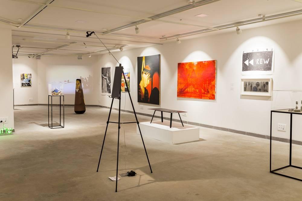 מתוך התערוכה ״אחרי 20 שנה: עיצוב, זיכרון, רבין״, גלריה ויטרינה. כל הצילומים: עומר ביטס