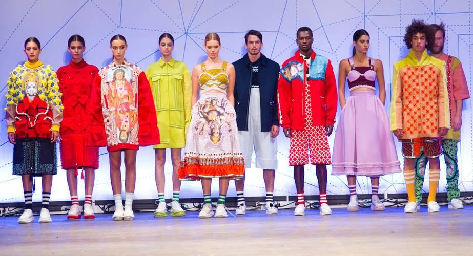 הקולקציה של שי טקו, מתוך תצוגת האופנה של המחלקה לעיצוב אופנה בשנקר, 2015. צילום: רפי דלויה