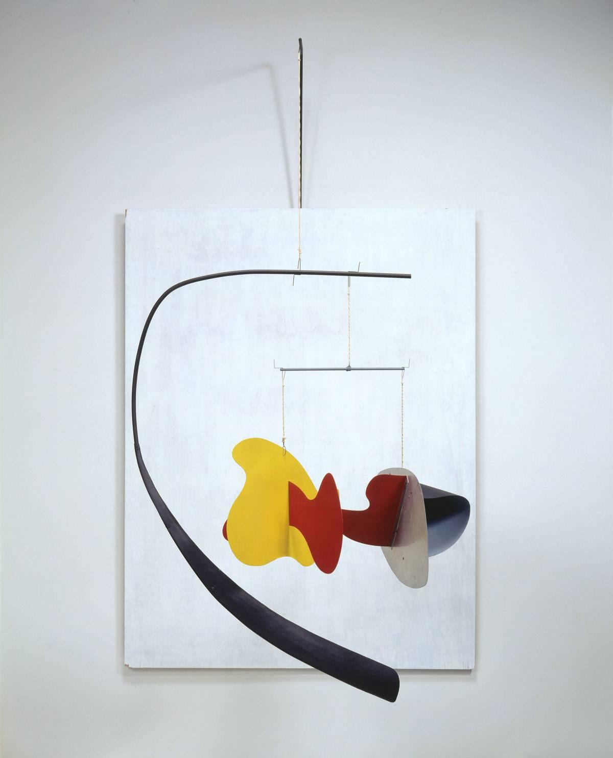Alexander Calder, White Panel 1936. Calder Foundation, New York / Art Resource, NY