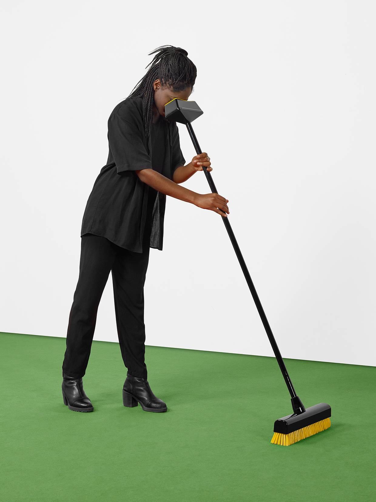 Broom Broom, מתוך התערוכה של ECAL, עבודה של /Erika Marthins & Hélène Portier