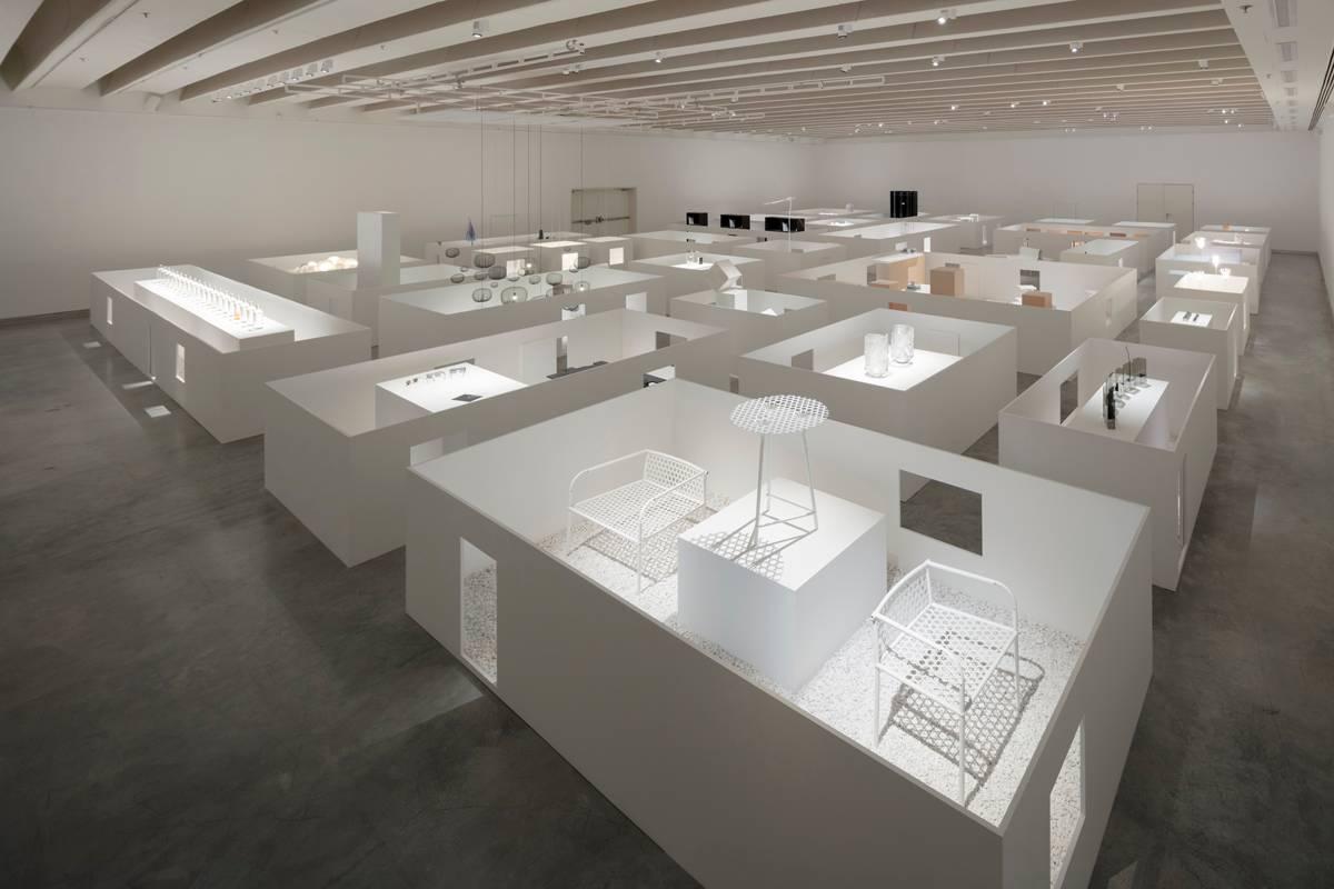 מראות הגלריה העליונה במוזיאון. כל הצילומים: Takumi Ota