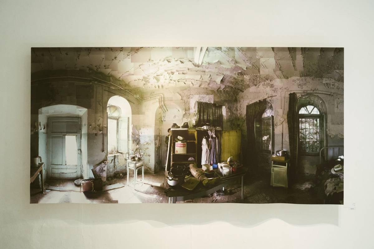 עבודתו של יובל יאירי בתערוכה. צילום: דור קדמי
