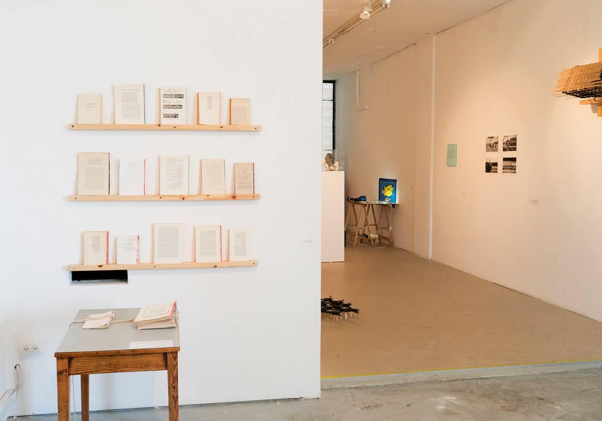משמאל: עבודתם של אביגייל ריינר וחיים שושן
