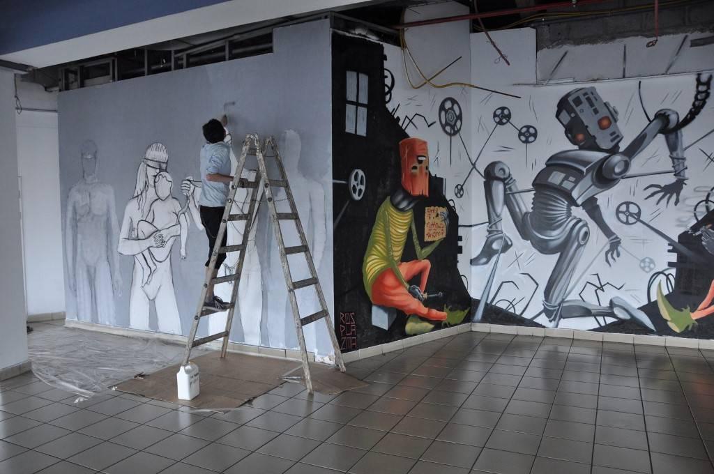 סיורי אמנות בתחנה המרכזית
