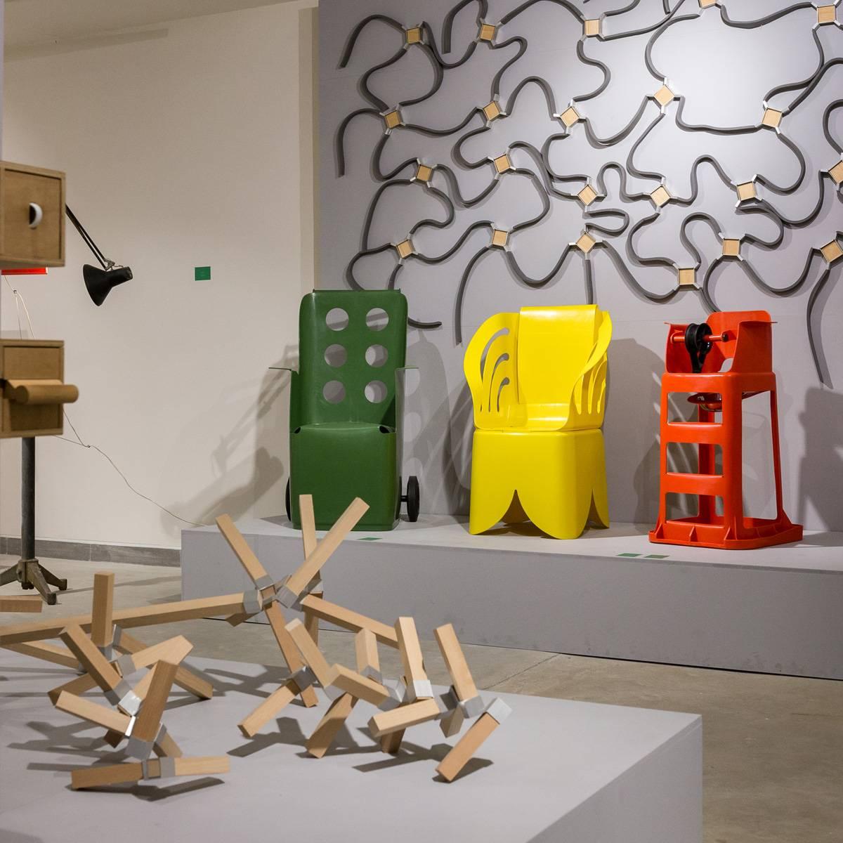 מתוך התערוכה ״תורת המחברים: מחווה לעמי דרך״, בגלריית ויטרינה