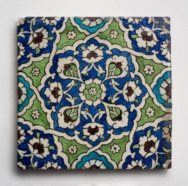 תורכיה, איזניק, המאה ה16. אוסף המוזיאון לאמנות האסלאם בירושלים. צילום יובל חי