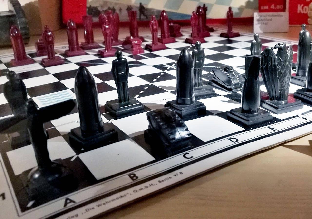 טק־טיק, משחק דמוי שחמט, גרמניה הנאצית, 1937