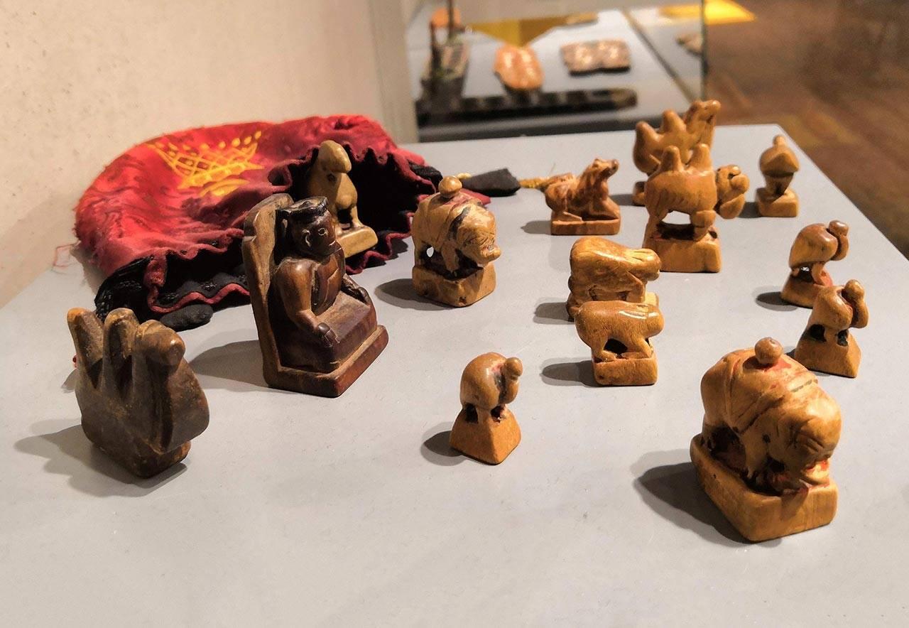 כלי משחק השטאר, מונגוליה, המאה ה־20