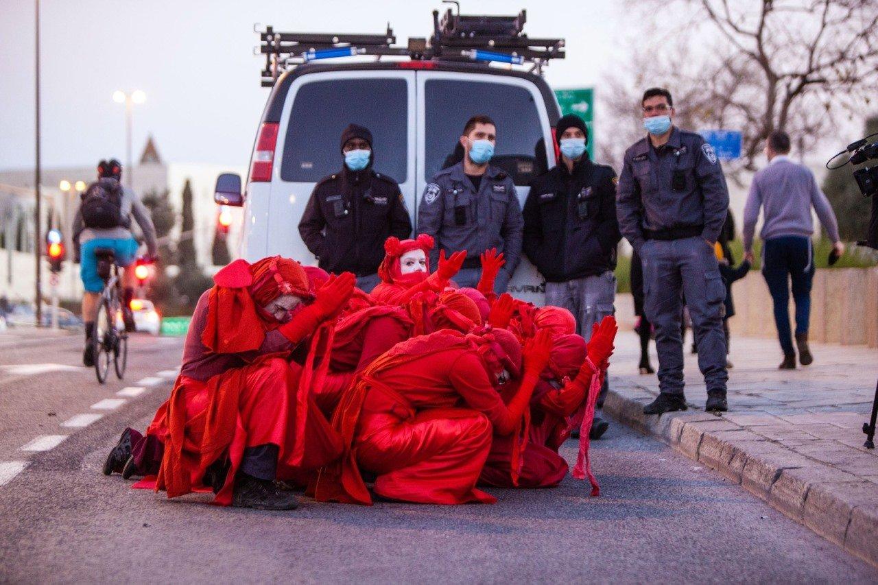 איתן ויתקון, הבריגדות האדומות במחאת בלפור