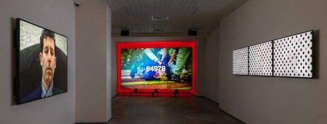 התערוכה הפרעת קשב גלריה אחד העם 9. צילום: לנה גומון