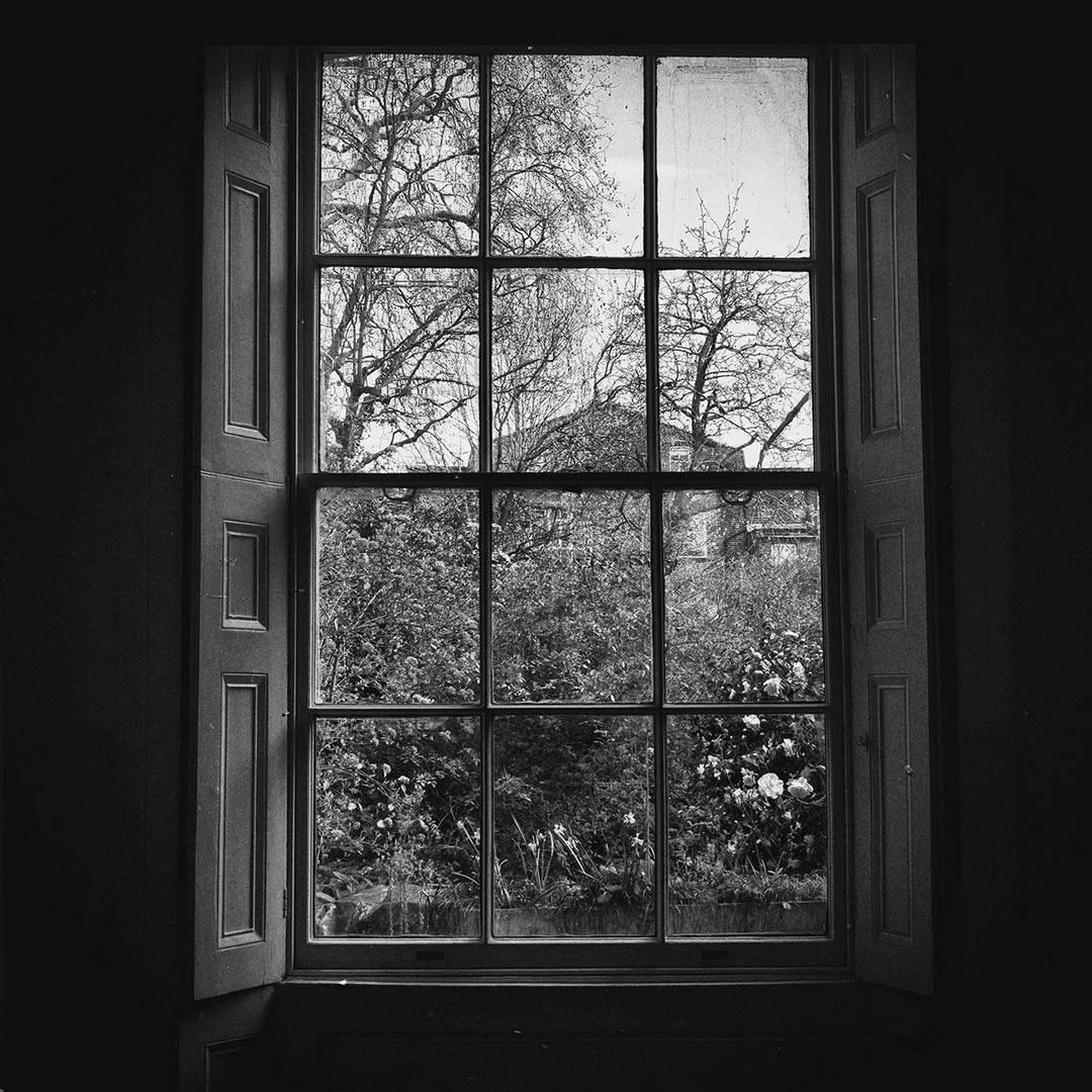 חלון פתוח