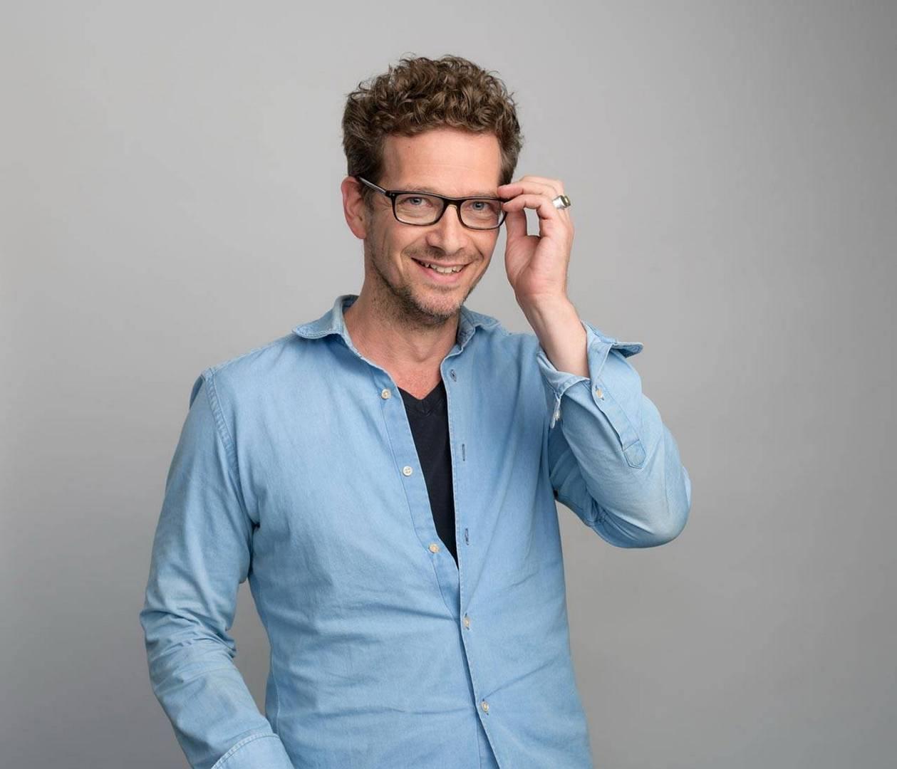 עמר קולקה, סמנכ״ל שיווק, קורנית דיגיטל