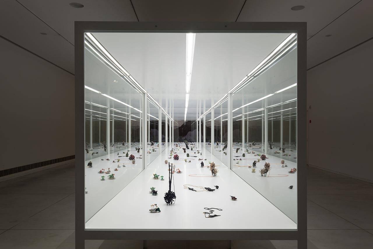 ימים יפים, מוזיאון תל אביב, 2012