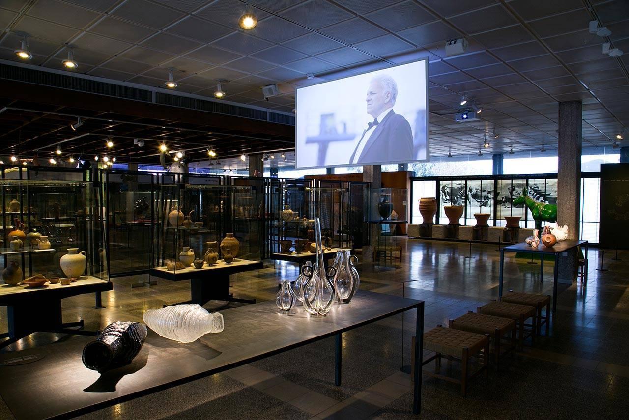 ביתן הקרמיקה, הביאנלה במוזיאון ארץ ישראל
