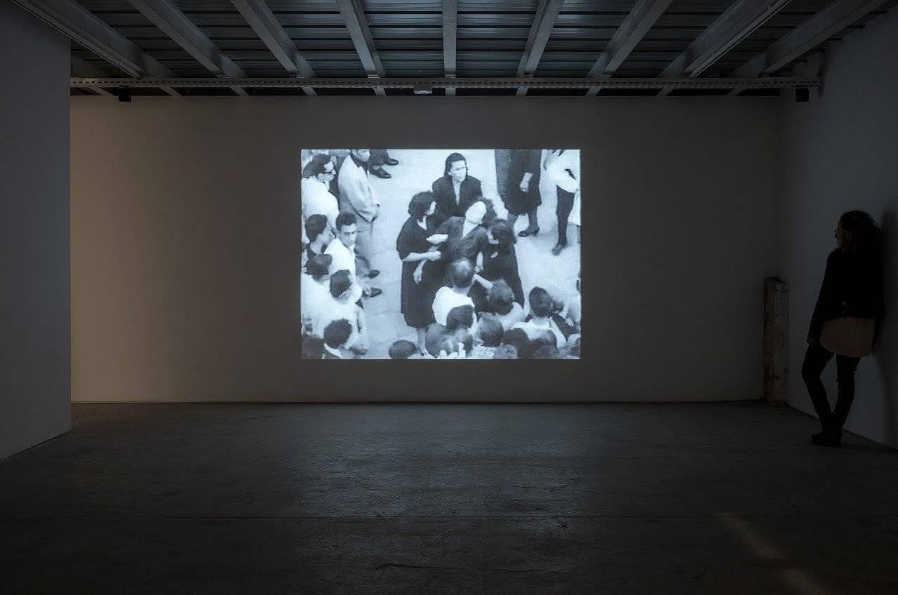 עילית אזולאי בגלריה ברוורמן. צילומי הצבה: אלעד שריג