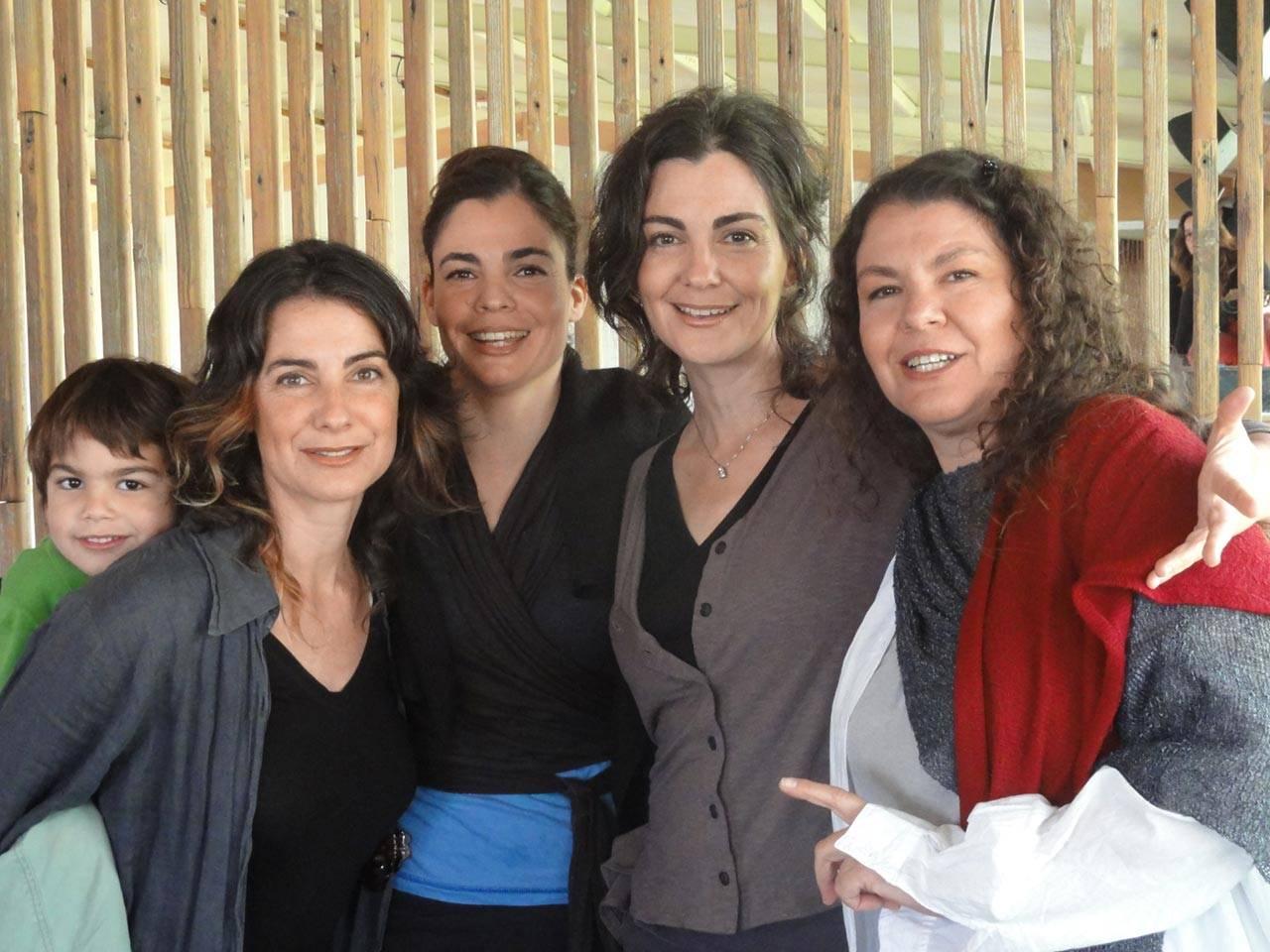 האחיות ורטהיים: מרב, טלי, רנה ונעה. צילום: נעה רוזוליו
