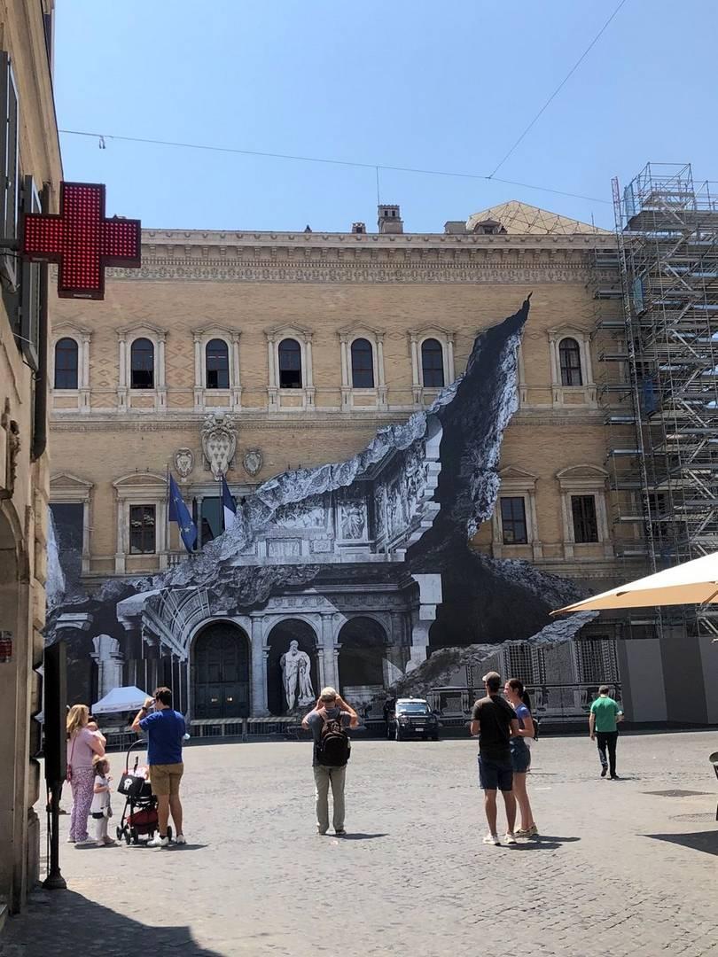 שגרירות צרפת ברומא, אוגוסט 2021ץ צילום: ליאת לוי עזרן
